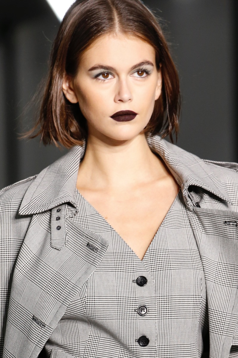 Want Power? Try Dark Lips!