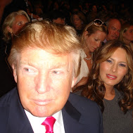Donald-Trump-with-wife-Melania-Oscar-de-la-Renta-b