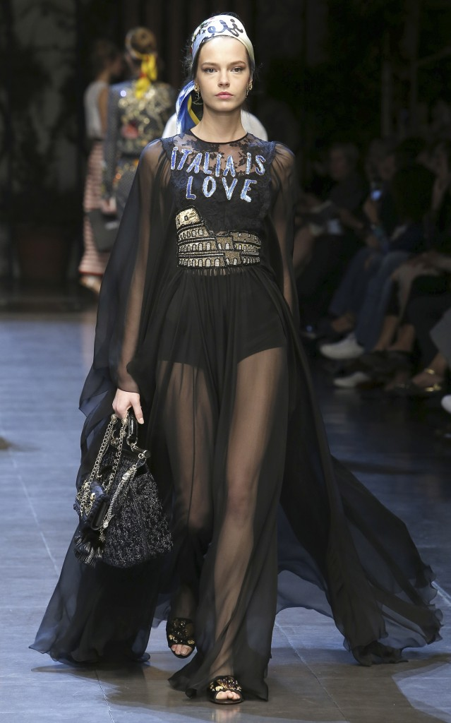 Dolce & Gabbana SS16 Runway/ Hairstyle