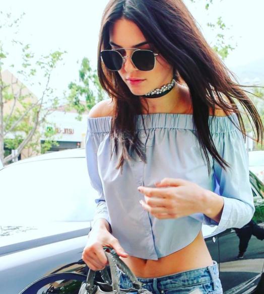 Kendall Jenner Waering Monarch Florette Choker