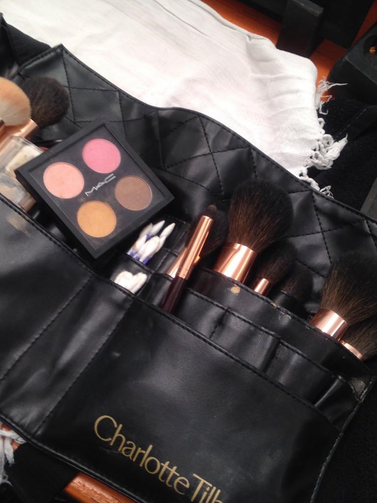 Backstage Alberta Ferretti SS16- Mac Cosmetics